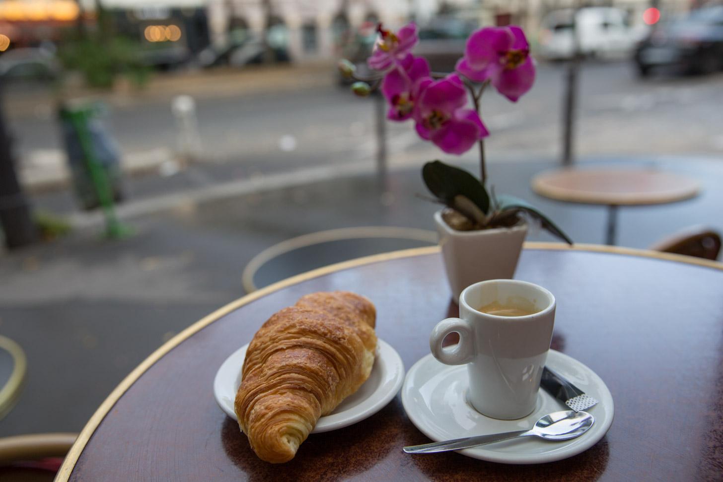 Betaal niet voor een duur ontbijt bij een hotel